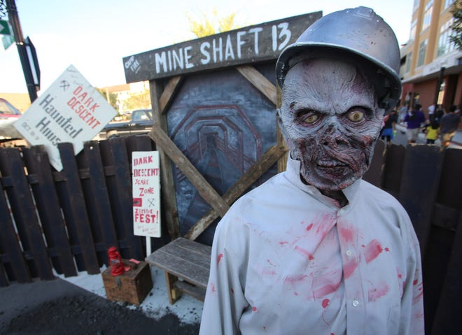 A few local haunted attractions are pushing forward as major theme park haunted events return after a COVID-19 hiatus. But some local haunts won't be back.