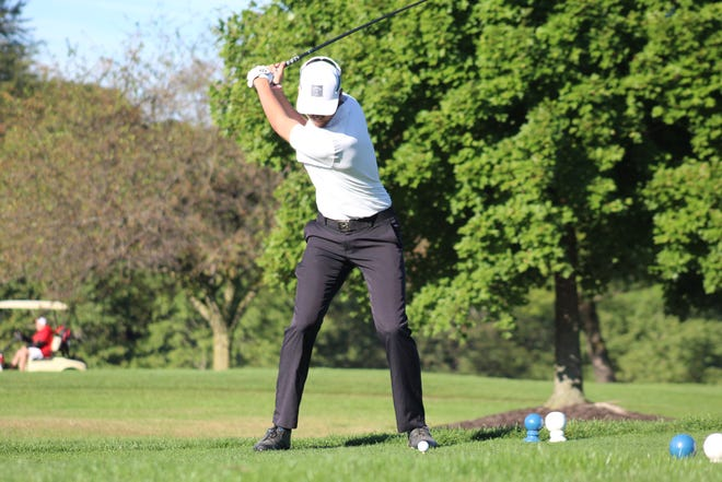 Ontario's Ryan Chapman fired a 79 during the Division II sectional tournament to help the Warriors advance to the district tournament as a team for the first time since 2016.