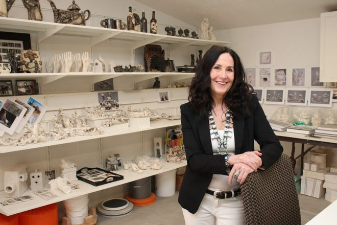 Ashland University alumna Kimberly Chapman's art will be featured in an exhibition at AU's Coburn Art Gallery.
