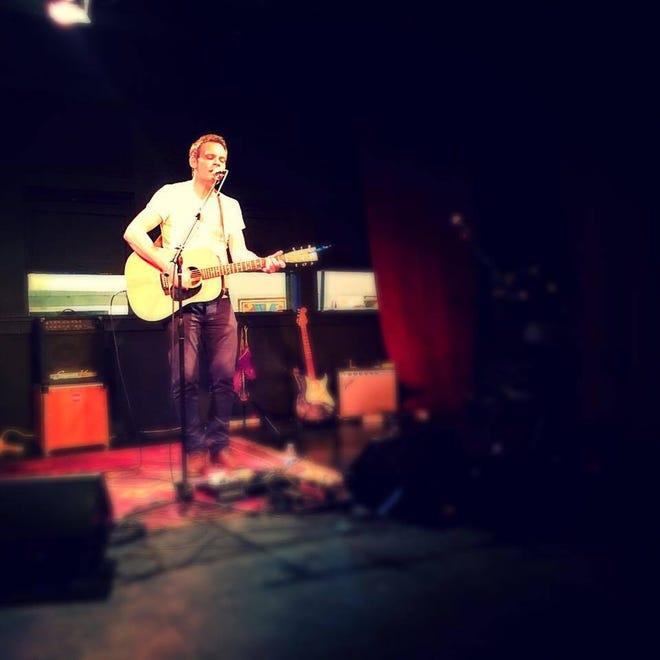 Singer-songwriter Danny McGaw
