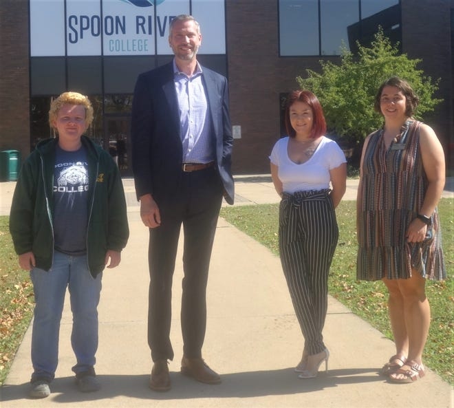 Illinois State Treasurer Michael Frerichs visited Spoon River College's Canton Campus recently for a discussion with college officials and students about the affordability of higher education. SRC students pictured with Frerichs are Justice Westlake, Astoria; Trinity Brock, Macomb and student trustee Mary Toothaker, Farmington.