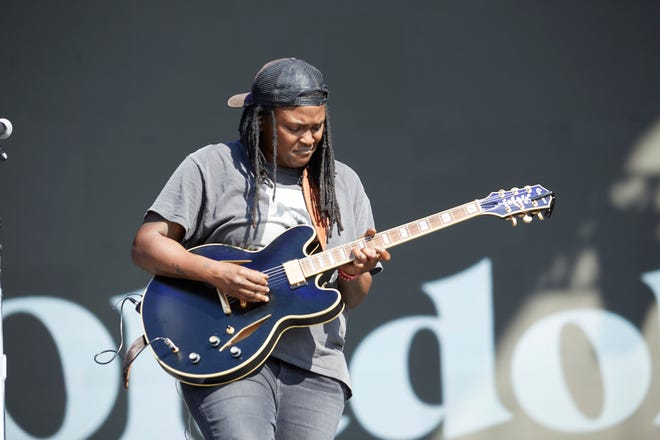 Joy Oladokun performs Friday, Oct. 1, 2021, on  the Ladybird stage at the Austin City Limits Music Festival.