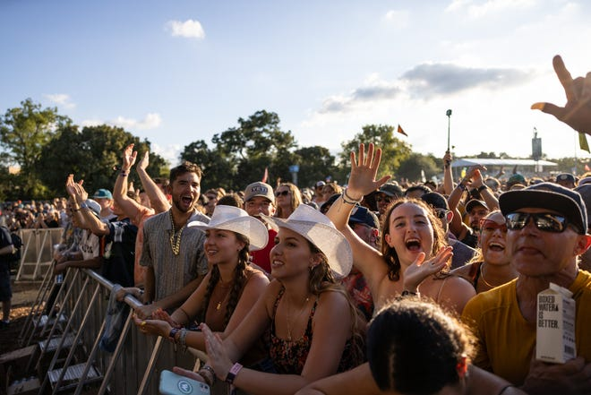 Fans attend the Austin City Limits Music Festival on Friday October 1, 2021 (Robert Hein for American-Statesman)