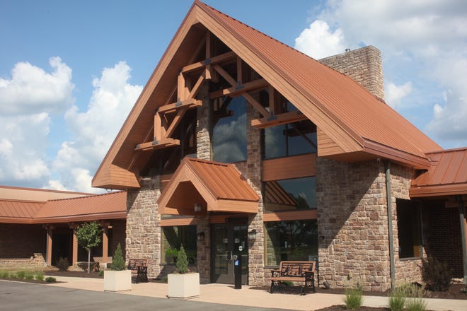 The Lodge at Hocking College is a comfy base from which to explore the Hocking Hills.