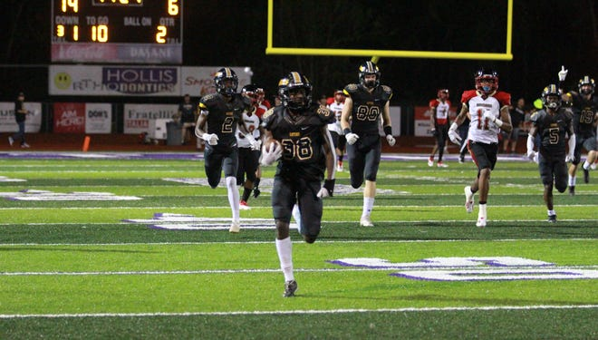 De'Andre Taylor became the first St. Amant player to ever return a kickoff for a touchdown in the 14 years David Oliver has been head coach.