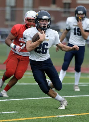 Mount Pleasant topped Barrington on Sunday afternoon at Conley Stadium, landing the Kilties at No. 15 in this week's power rankings.
