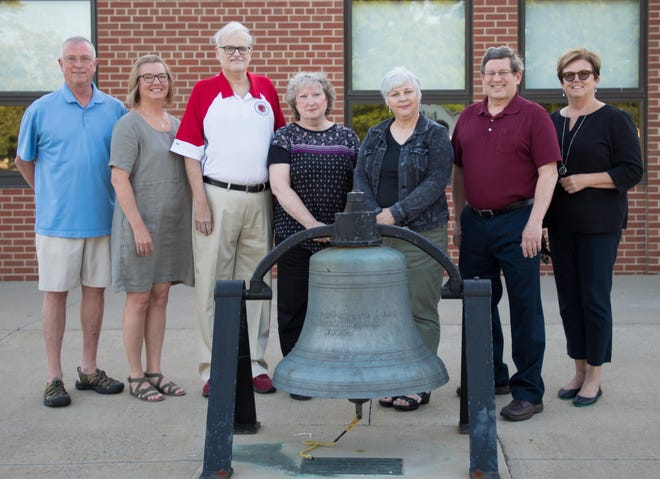 Four families have signed documents to officially include the Loudonville-Perrysville School Foundation in their estate plans. Shown from left to right are Jerry and Judy Dudte, John and Penny Miller, Guinn and Mike Bandy and Tami Reynolds, whose husband Russ Reynolds was unavailable for this photo. The Foundation thanks these longtime supporters for their legacy gifts, which will benefit the Loudonville-Perrysville Schools for years to come. To learn more about making a legacy gift through your will or an estate note, please email the Foundation using support@lpschoolfoundation.org