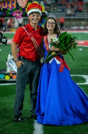 Caroline Davis was named the 2021 Glen Rose High School Homecoming Queen and Christian De La Cruz was named the King during halftime of the Tigers' 63-20 victory over Mineral Wells at Tiger Stadium.