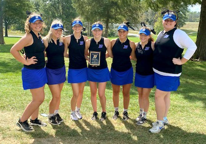 The Brookfield High School golf Lady Bulldogs – from left, Brooke Falconer, Ella Thompson, Carly Clarkson, Maggie Bennett, Scarlett Polson, Taryn Morris and Mallory McCabe – won the team title in their own invitational tournament Sept. 30.