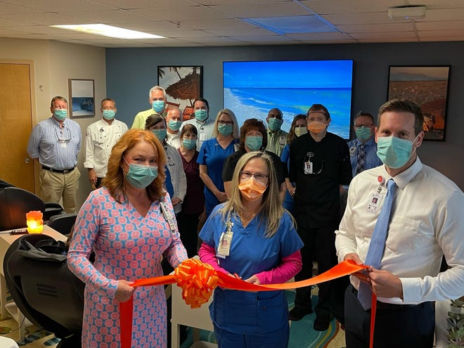 Caregivers at Englewood Community Hospital recently held a ribbon cutting to celebrate the opening a new space forrelaxation and renewal.