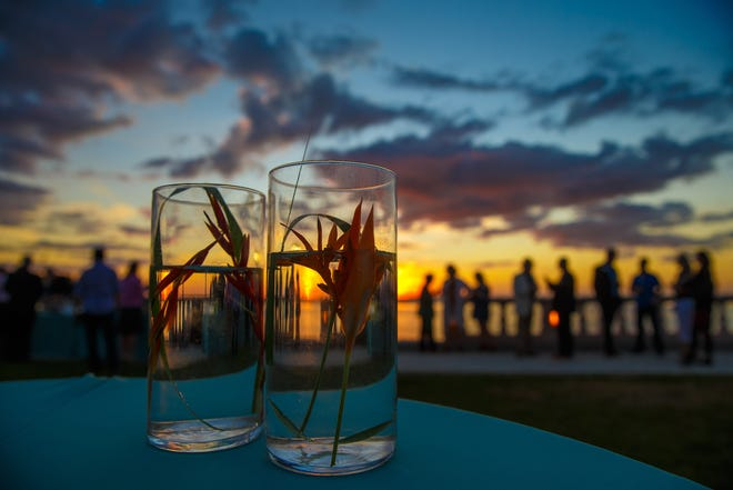 The 42nd New College Scholarship Clambake will take place on the bayfront next to College Hall, 5800 Bay Shore Road, Sarasota. All ticket proceeds benefit student scholarships.