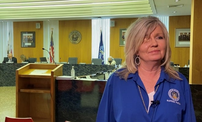 Sandy Bonnette was named the new Rapides Parish registrar of voters on Monday by the Rapides Parish Police Jury. She replaces the late Linda Stewart, who died in July.