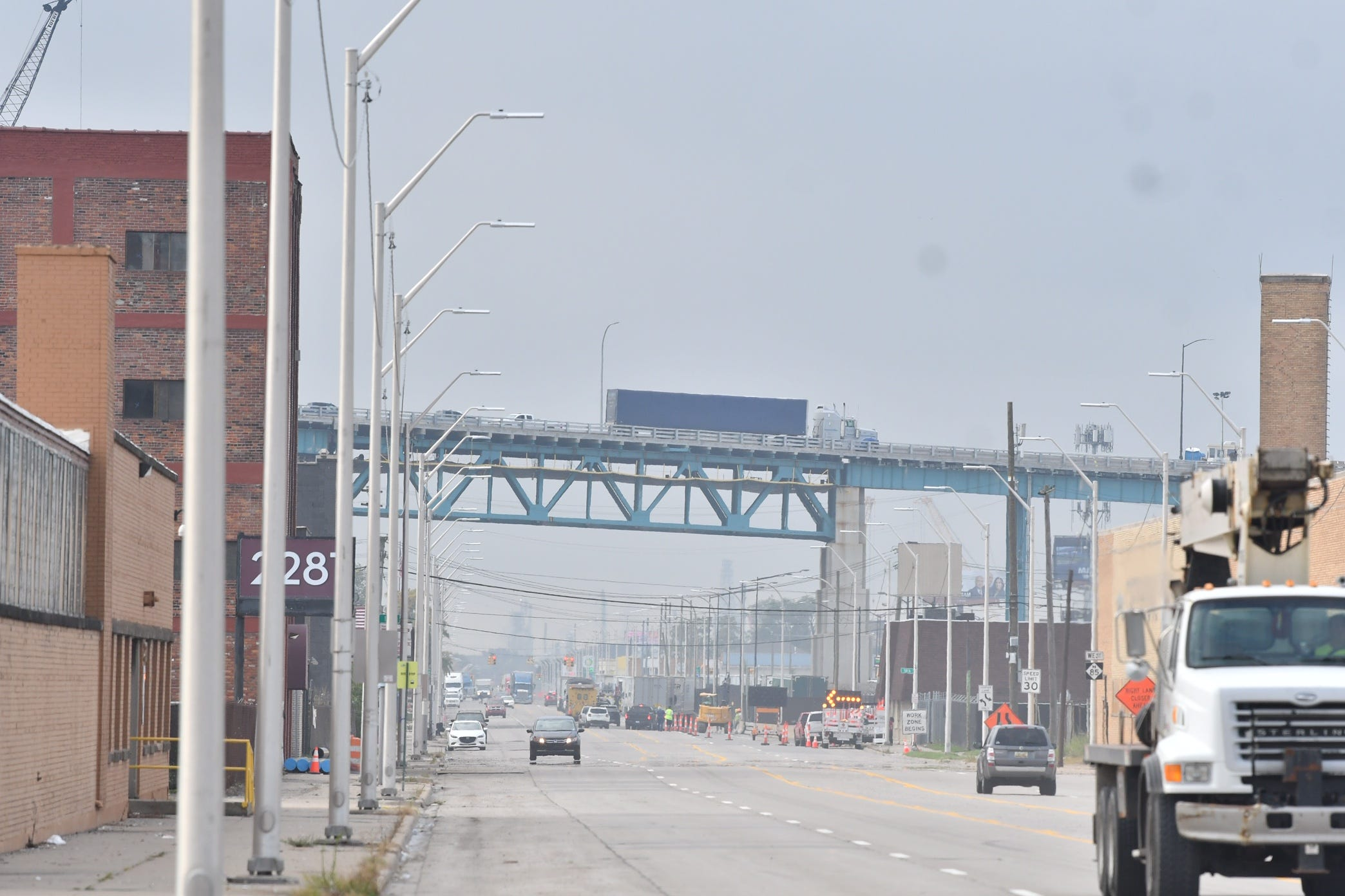 Ambassador Bridge reopens to traffic after possible threat