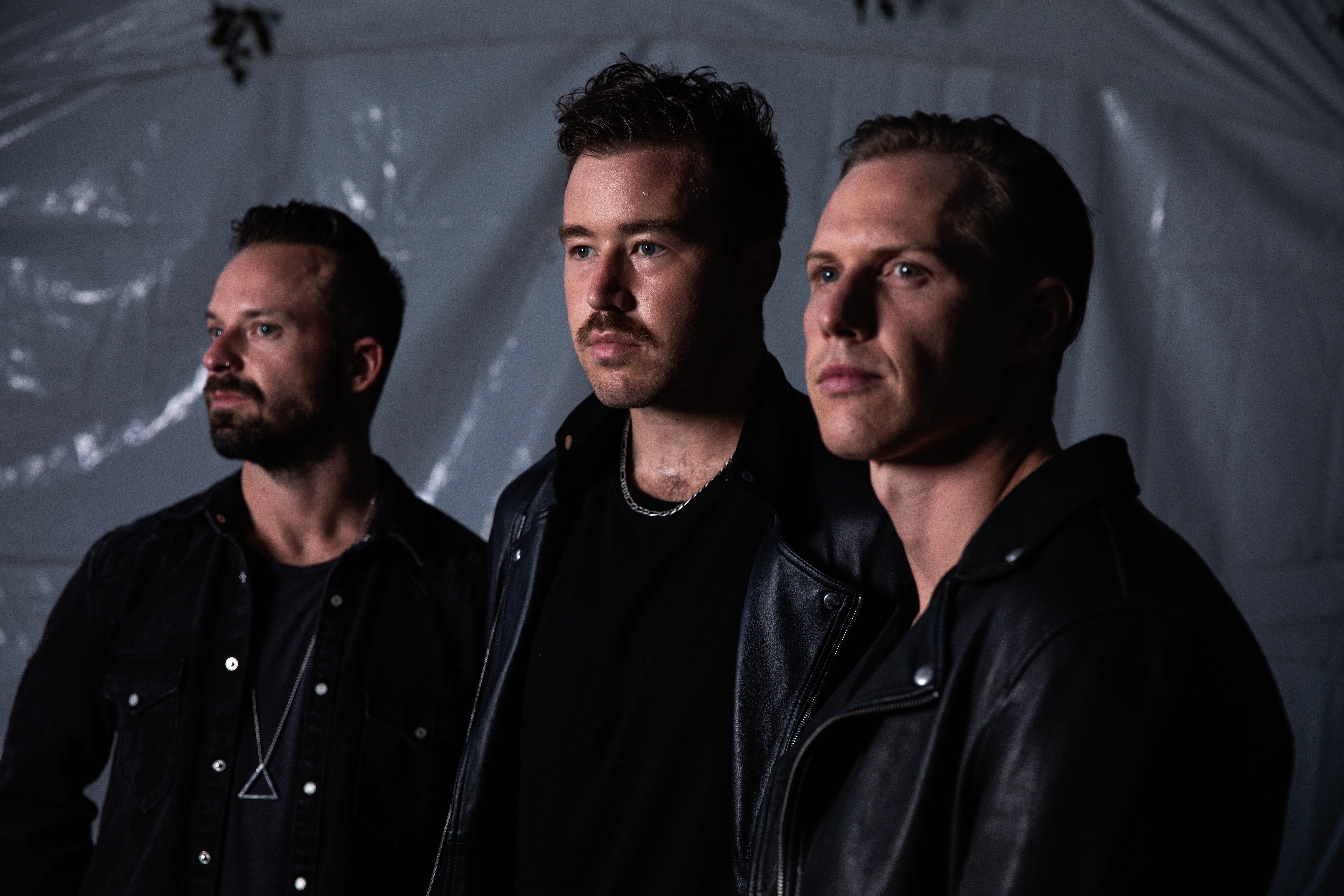 Do you have a heart and a glowstick? Put some ACL Fest respect on Rüfüs du Sol s name