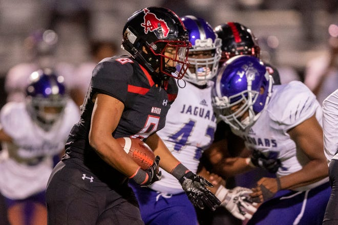 Manor running back Quinten Joyner carried the ball19 times for 251 yards and three touchdowns to help his team pull off a 34-30 win over Georgetown last week. Joyner has already rushed for 901 yards and is averaging more than 10 per carry on the season.