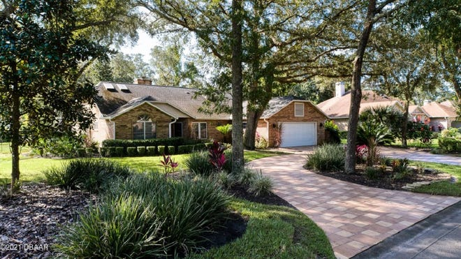 The sheer size of this gorgeous Ormond Beach home, featuring four bedroom, three full baths and two half baths, will move it to the top of any person's wish list.