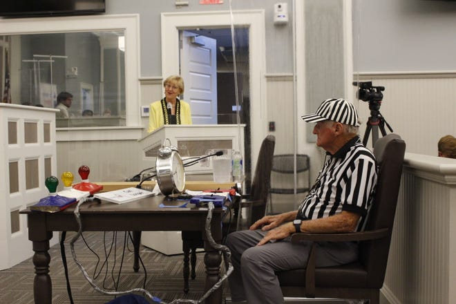 Carl Looper manned the timer while candidates answered questions with 30 seconds to 1 minute on the clock. Tybee Island council candidate's forum 2021.