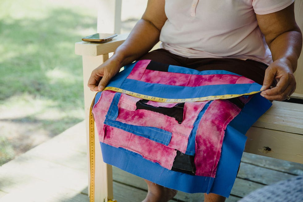 Some of the Gee's Bend quilters take up to 30 days on a single quilt, and most quilts have more than one contributor.