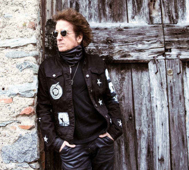 Willie Nile and his band will perform Oct. 16, 2021, at The Acorn in Three Oaks.