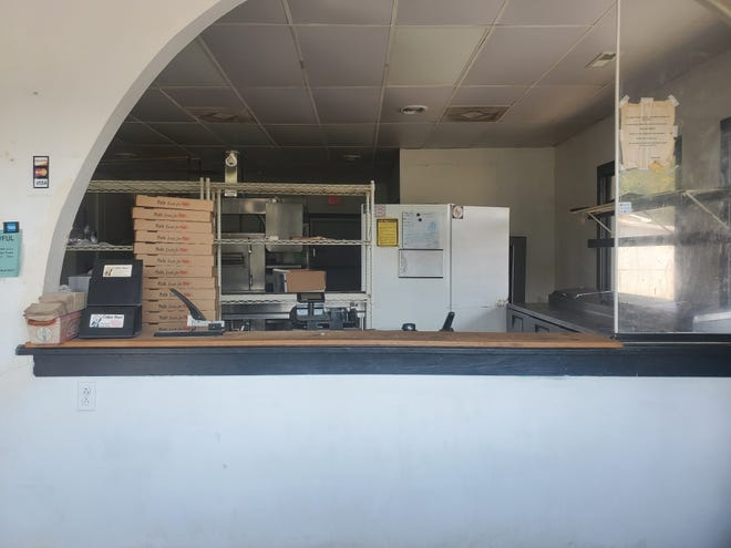 Pizza restaurant has closed its doors at one of its locations.