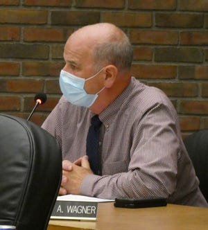 Bucyrus Mayor Jeff Reser speaks in favor of a new business planned at 1411 N. Sandusky Ave. during Tuesday's regular meeting of Bucyrus City Council.