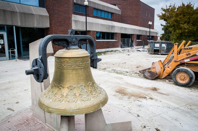 Demolition has started on the former Delaware County Justice Center in downtown Muncie.