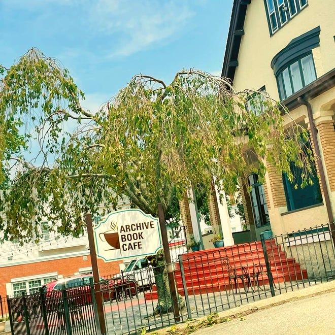 Archive Book Cafe abrirá más tarde este otoño en North Main Street en Fall River.