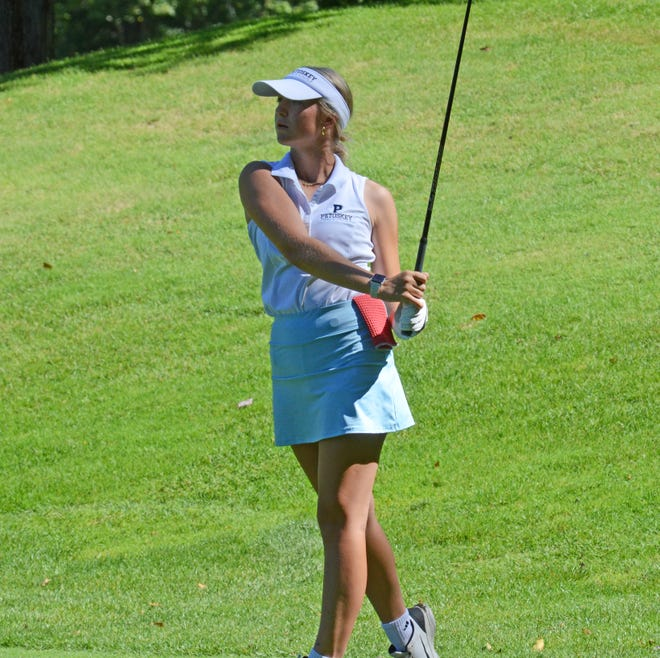 Petoskey's Aubrey Williams carded a 92 at regionals Wednesday, placing her fourth overall, while helping Petoskey make it through as a team.