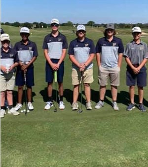 The Stephenville High School Yellow Jackets golf team took fifth place on Wednesday at the Glen Rose Fall Invitational at Squaw Valley Golf Course.