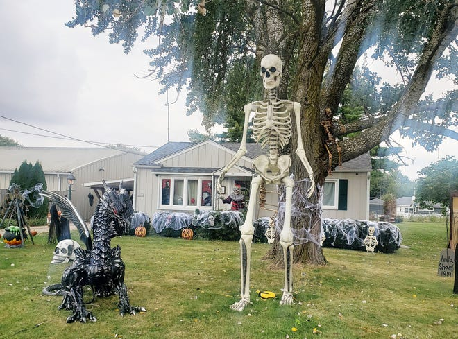 For six years, Nick and Kelsey Neels have added to theirHalloweendisplay at 632 Andrews Ave.