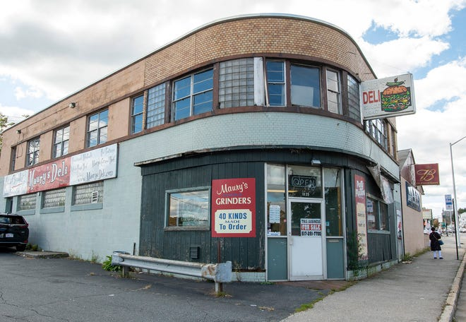 Maury's Deli in Worcester's Webster Square will close its doors for good Oct. 16.