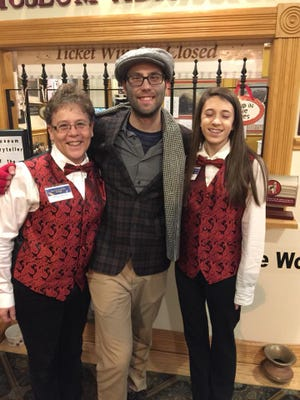 Volunteertrainingwill be held for the Polar Train Express Rides at 6 p.m. for elves and at 7 p.m. for other volunteers Oct. 13 atDennison Presbyterian Church,301 Grant St.