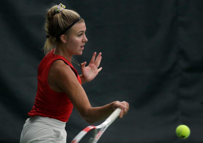 Neenah's Ava Dunsirn is the No. 5 seed in Division 1 singles at the WIAA girls state tennis tournament.