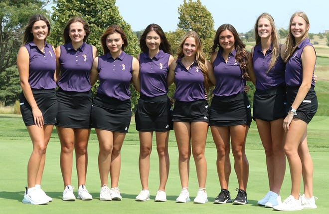 Dodge City CC women's golf team earn a No. 2 ranking in the first Golfstat NJCAA Division I rankings of the year. Pictured: Payton Ginter, Jaela Albers, Tanika Yadilokwong, Thitapha Iamtragul, Caelyn Cook, Alyssa McMillen, Meghan Lindsey, and Lauren Specht.