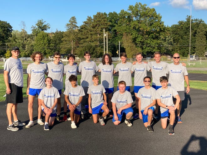 The Ellwood City Area varsity boys cross country team was acknowledged for not only their undefeated winning season, but for their second-straight section championship.