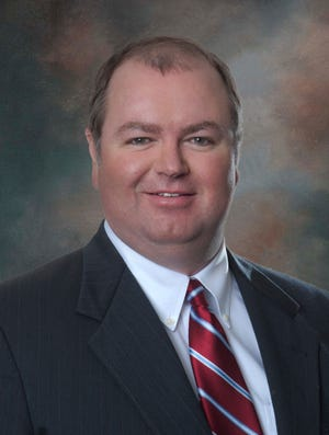 McRoberts, who joined Lake Regional in 2000, currently serves as executive vice president and chief operating officer, overseeing Ancillary Services, Facilities, Human Resources, Operations and Rehab Therapies. He will return to this role when a new CEO is named.