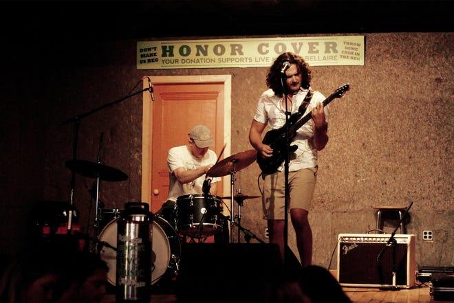 John Piatek & Friends performing at Short's Brewing Company in Bellaire.