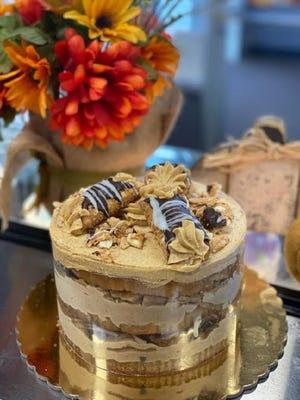 Pastel de cannoli de calabaza y especias de Antonio's Bakery en Warwick.