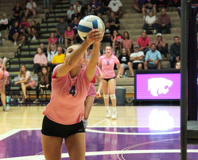 Rylie Glass of Three Rivers runs down a ball to keep it alive in prep volleyball action against Sturgis on Thursday.
