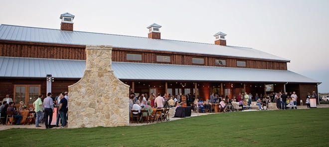 A view from a previous Signature Dish event hosted by Manna House. The annual fundraiser, which took a hiatus in 2020 because of COVID-19, returns on Sunday, Oct. 17 at Blaine Stone Lodge in Midlothian.