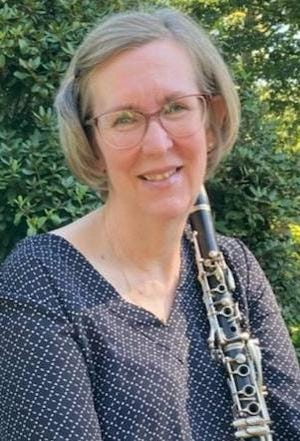 Pattie Marshall will be the featured clarinet soloist.