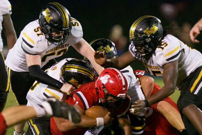 Images from the Oct. 8, 2021 high school football game between Kings Mountain and South Point.