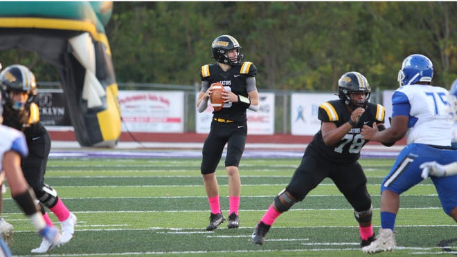 St. Amant quarterback Cole Poirrier accounted for three touchdowns in the Gators' blowout win over McKinley.