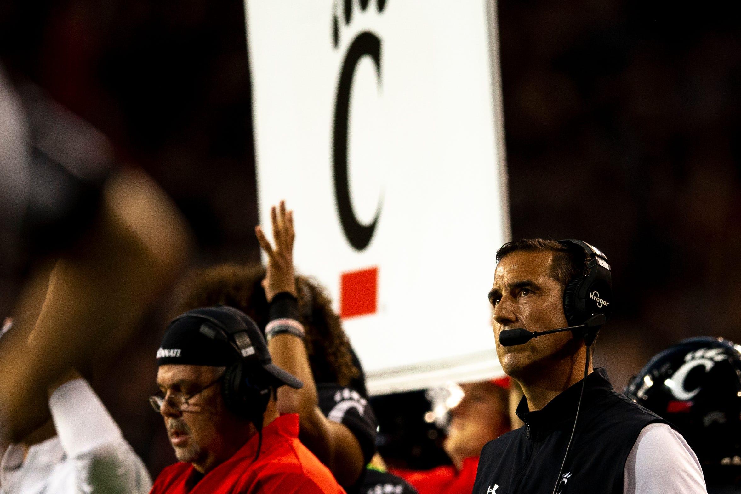 See where Cincinnati Bearcats head coach Luke Fickell ranks in college football salaries