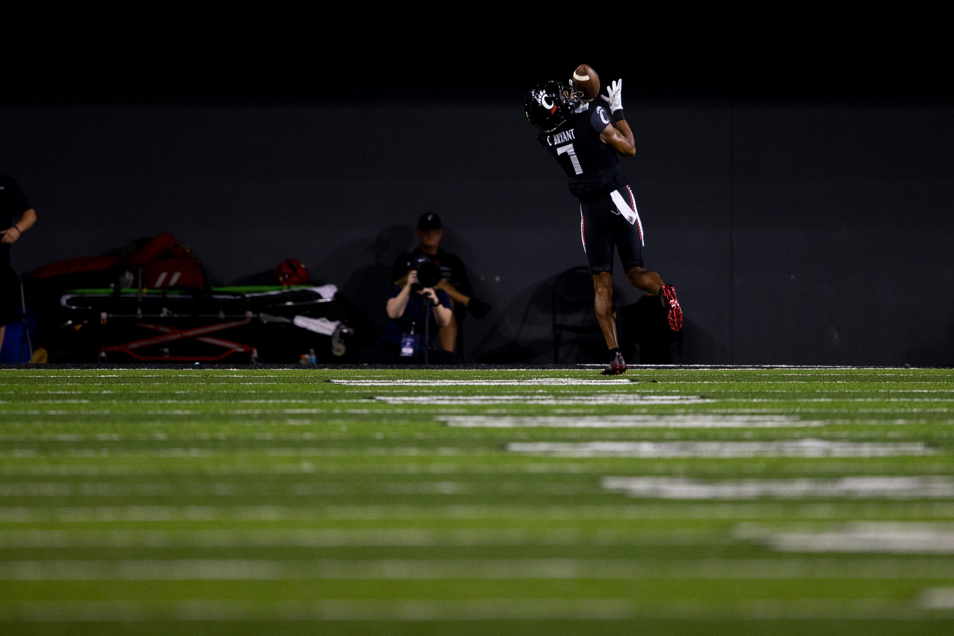 Reactions: UC Bearcats' Coby Bryant returns interception 74 yards for touchdown vs. UCF
