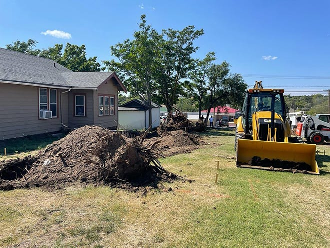 811 N. 1st Ave. in Dodge City is the newest build partnership with the Dodge City Community College Building Trades program and the Community Housing Association of Dodge City.