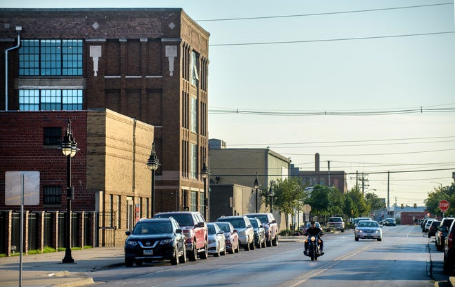 Much of the current parking in Peoria's Warehouse District is on the street or in private lots.