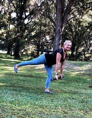 Marlo Alleva demonstrates a pulsing single leg dead lift