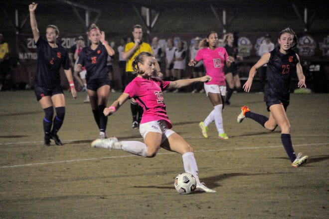 Beata Olsson attempts another shot on goal during the Seminoles 5-0 win against Syracuse.