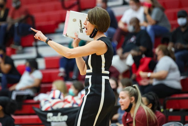 Weiss head coach Karen Huffman guided the Wolves to two wins last week, including a five-set thriller over Bastrop. Weiss enters this week in second place in District 18-5A.